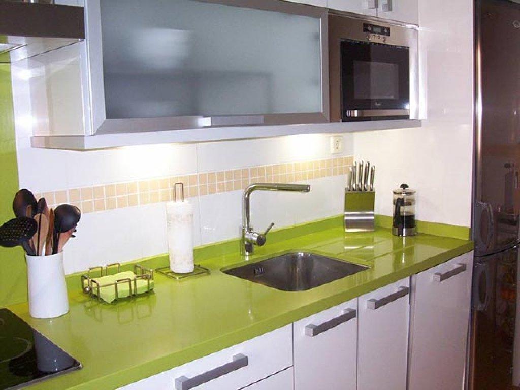 Las cocinas modernas for Amueblar cocina alargada